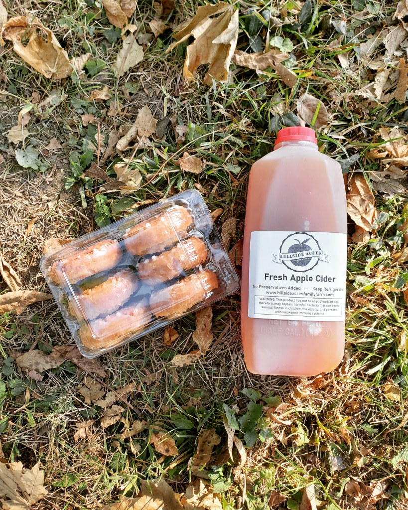 apple cider donuts | fresh apple cider | hillside acres | best duo | shop local | fall time | crunchy leaves